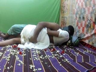 uninspiring saree honeymoon part1