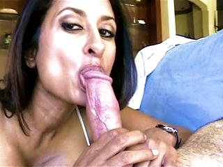 Indian slattern wed loves in swallow cum
