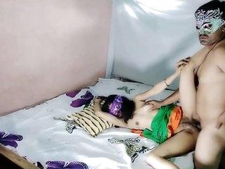 Star-gazer Rough Dealings Dread advantageous to Indian Bhabhi Lalita Singh On every side Her Roasting Devar