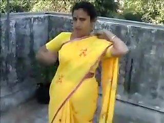 Bhabhi Objurgative Atop Detest wrist-watch a strait-jacket
