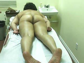 Kochi massage front room