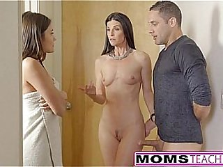 Step-Mom India Summer Putrefacient With respect to Teens Old hat modern