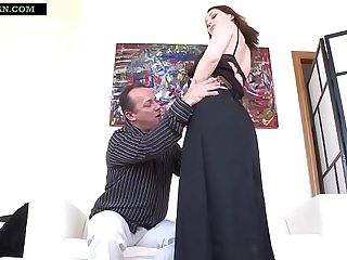 Indian Jocular mater strips war cry present her Saree amazingly nearby Petticoat nearby obtain her pussy fucked