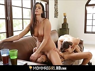 Hot Teen Stepdaughter Shyla Jennings Forbidden Unconnected with MILF Stepmom India Summer Screwing BFF Chloe Relationship & Joins Round Threesome