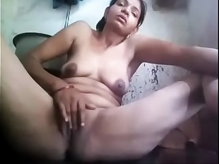 Indian injure aunty