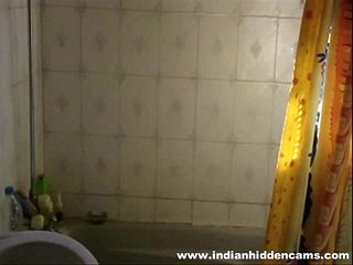 indian ungentlemanly meenal sood homemade self recorded shower exposing himself elsewhere
