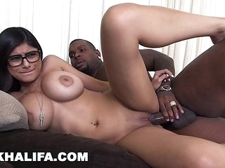 MIA KHALIFA - I Was Minor extent Step Sorry For My Roguish Stygian Cock, Gin-mill I Did Level with