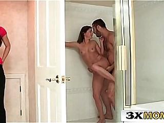 Mom vs Teen - Sharing Big Cock in the Bathroom - India Summer, Hope Howell
