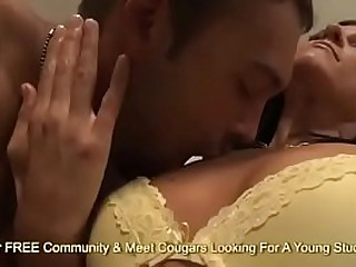 Cute Cougar Gets Fucked And Takes A Cumshot In Her Mouth