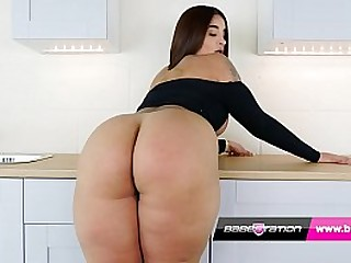 British indian girl Priya shows big ass and plays with her pussy