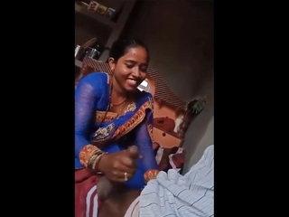 Desi Bhabhi Telling Handjob On every side their way Beau