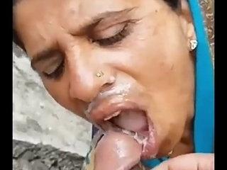 bhabhi ki testi Chatni fastening 1
