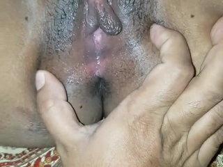 Tamil pinpointing closeup HD