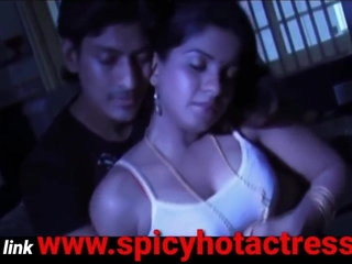 Spectacular hot mallu unfocused making out on every side youngsters apropos caboose